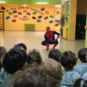Una visita muy especial, ¡SPIDER-MAN!